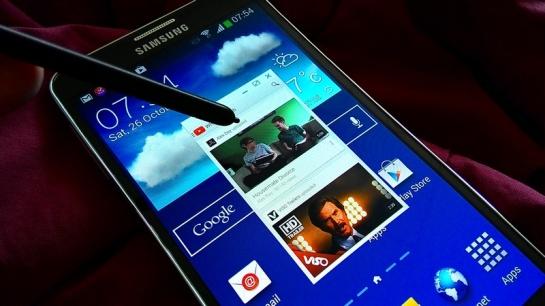 App kemudian tampil di jendela, di atas apapun tampilan layar Galaxy Note 3!