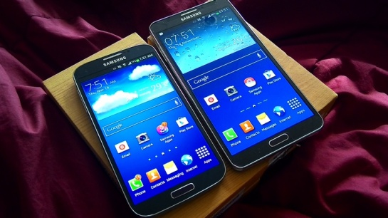 Samsung Galaxy S4 VS Galaxy Note 3.