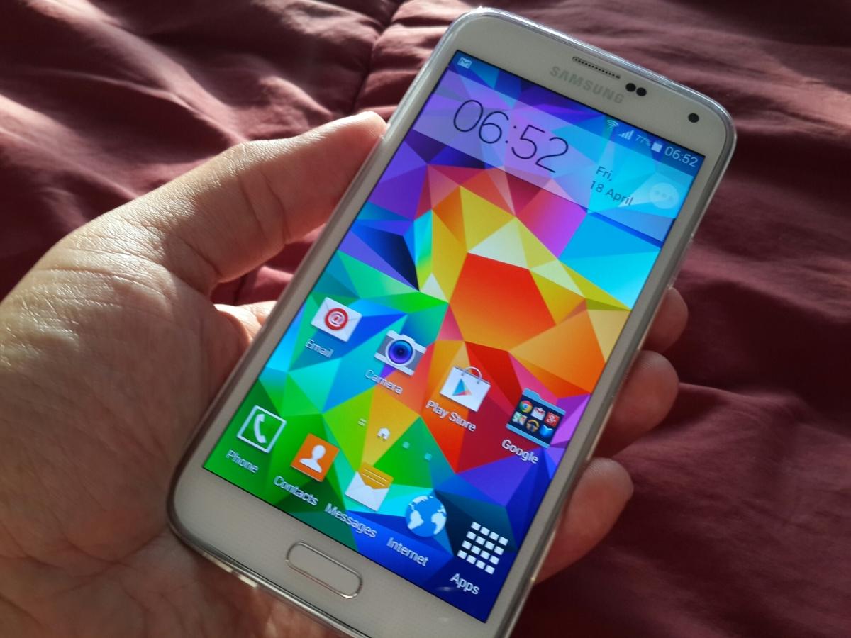 Review: Memakai Samsung Galaxy S5